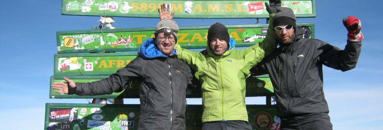på toppen af kilimanjare